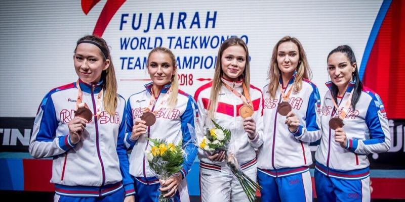 Ольга Иванова и Арина Животкова - бронзовые призеры командного чемпионата мира по тхэквондо
