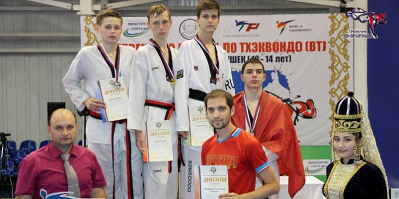 Южноуральские тхэквондисты завоевали 6 наград первенства России в Нальчике